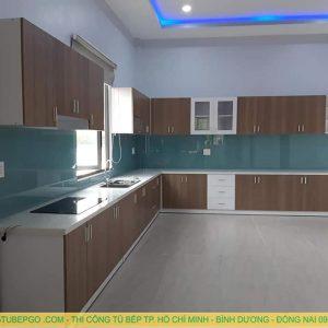 Tủ bếp Acrylic MA-08