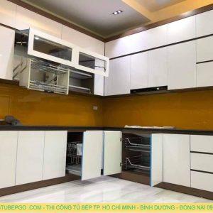 Tủ bếp Acrylic MA-03