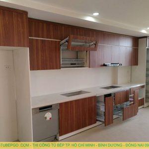 Tủ bếp căm xe tự nhiên MAC 1