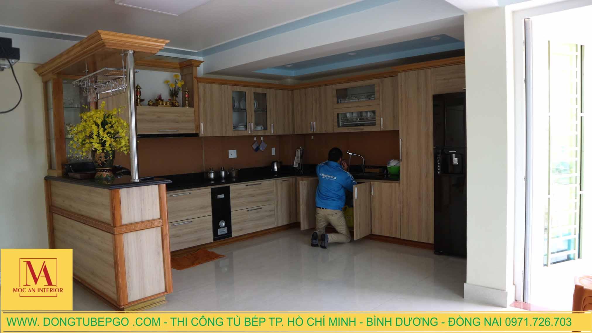 Thi công tủ bếp cao cấp ở Thành Phố Mới, Bình Dương.