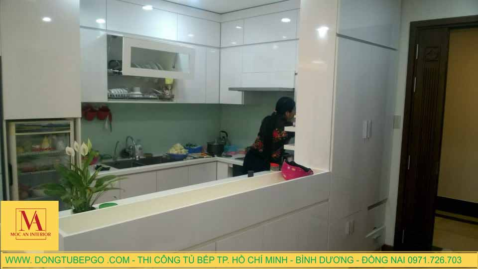 Thi công tủ bếp chung cư ở Phường 12, Q6 Thành Phố Hồ Chí Minh.
