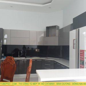 Thi công tủ bếp acrylic chất lượng tốt, cao cấp, giá rẻ ở TpHCM