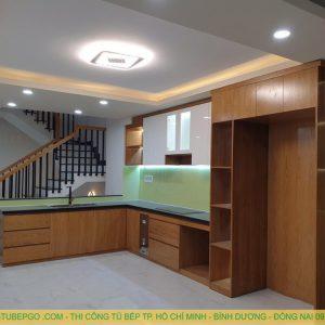 mẩu tủ bếp acrylic đẹp tại quận 2
