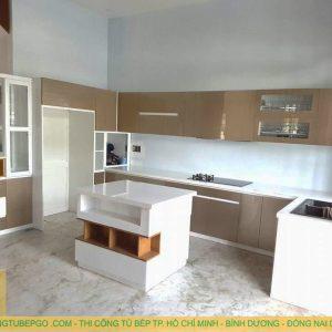 Tủ bếp acrylic quận 7 MAA 28