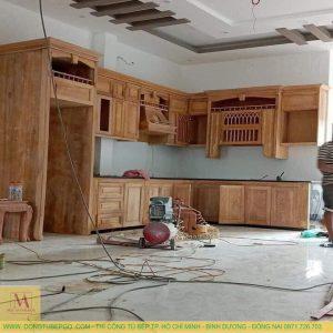 Thi công tủ bếp gỗ gõ đỏ cao cấp tại hcm