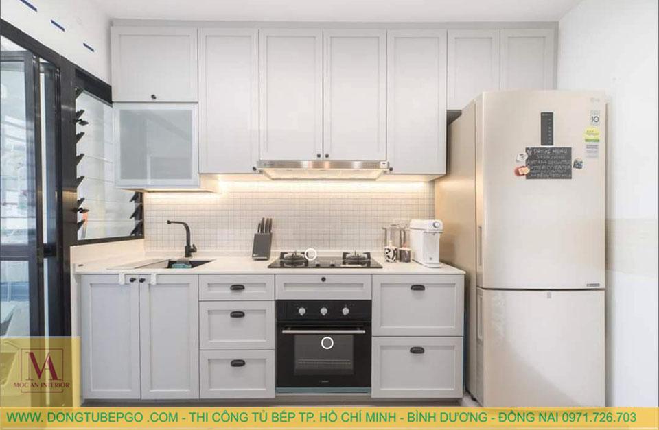 nhận đóng tủ bếp gỗ sơn pu quận 5