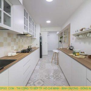 Địa chỉ thi công tủ bếp gỗ sơn pu trắng tại quận 5