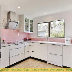 Thiết kế và thi công tủ bếp gỗ tại quận 5